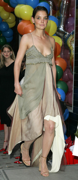 More Pics of Katie Holmes Strappy Sandals (1 of 2) - Katie Holmes Lookbook - StyleBistro