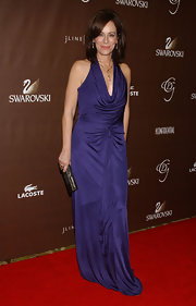 Jane Kaczmarek looked divine in a cowl-neck violet halter dress.