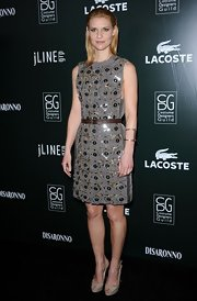 Claire Danes paired her belted shift dress with nude platform peep toes.