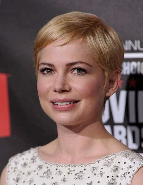 More Pics of Michelle Williams Pixie (1 of 10) - Short Hairstyles Lookbook - StyleBistro []