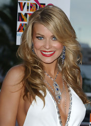 Carmen Electra punched up her look with vivid red lipstick at the 2004 Video Music Awards.