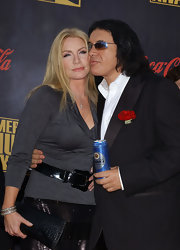 Shannon Tweed chose to wear a gray cowl neck top for the American Music Awards.