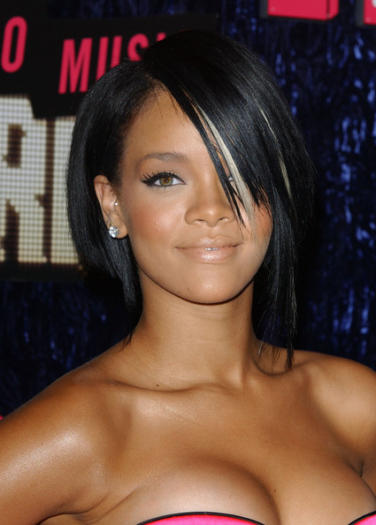 Rihanna in 2007 MTV Video Music Awards