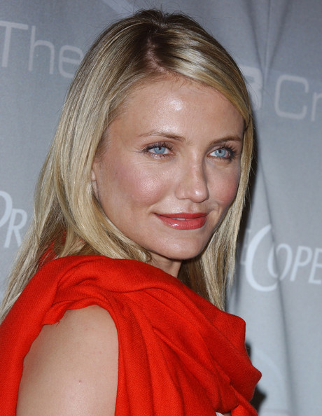 More Pics of Cameron Diaz Pashmina (1 of 12) - Cameron Diaz Lookbook - StyleBistro