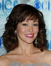 Autumn Reeser showed off medium curls and blunt cut bangs at the People's Choice Awards.