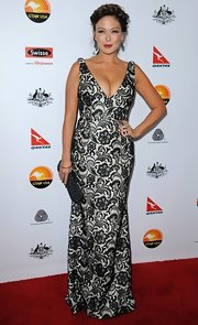 This gorgeous print gown was hitting all the right places on Lindsay Price.