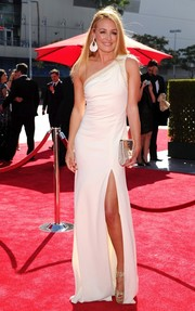Cat Deeley unleashed her inner goddess on the Emmys red carpet in a white one-shoulder gown by Badgley Mischka.