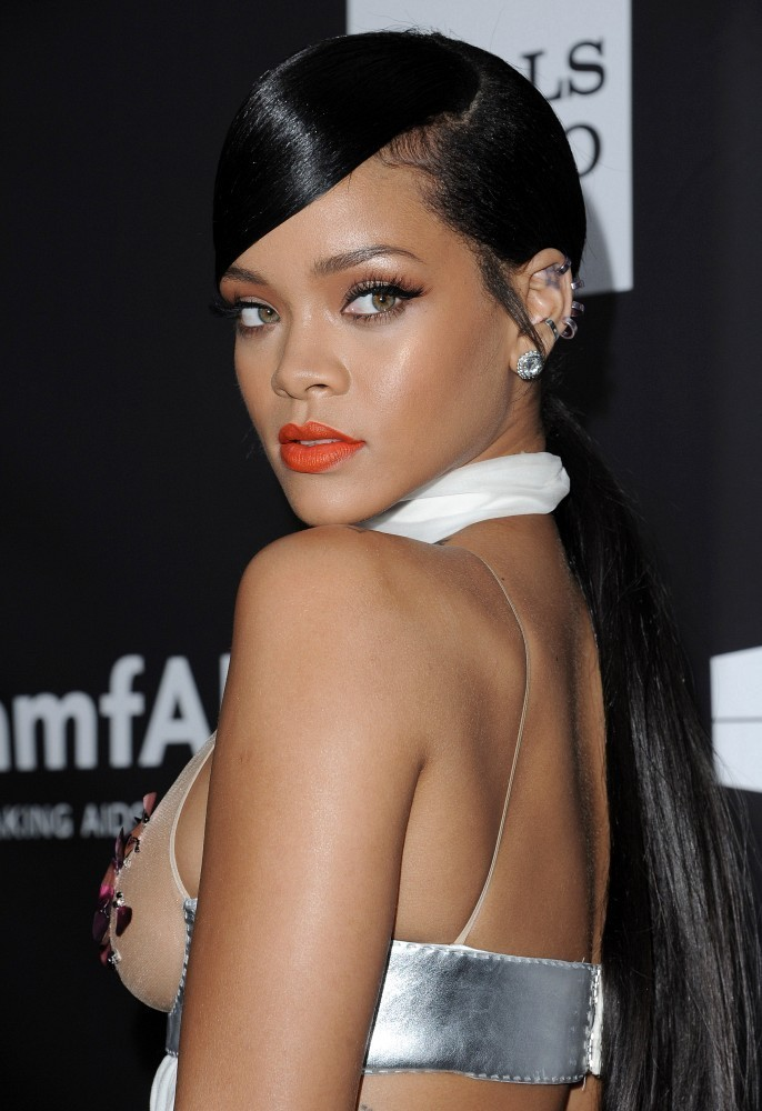 More Pics Of Rihanna Ponytail 5 Of 14 Rihanna Lookbook