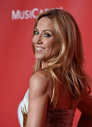 Sheryl Crow wore her tresses down in piecey layers during the MusiCares Person of the Year Gala.
