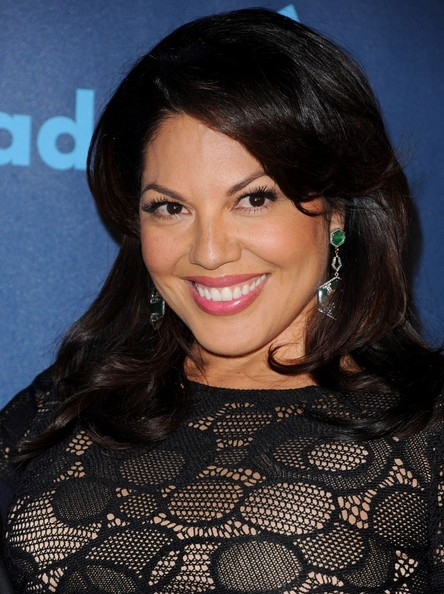 More Pics of Sara Ramirez Pink Lipstick (1 of 5) - Pink Lipstick Lookbook - StyleBistro