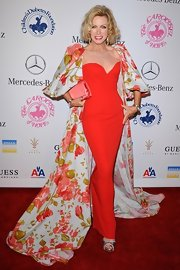 Donna Mills did not play it small at the Carousel of Hope Ball!