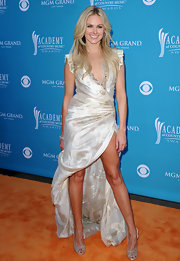 Laura Bell Bundy paired a dramatic evening gown with lovely satin Jimmy Choo peep-toe pumps.