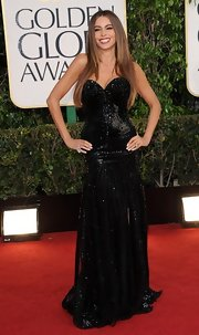 Sofia was all about the sparkle on the red carpet in this black bead-saturated gown.