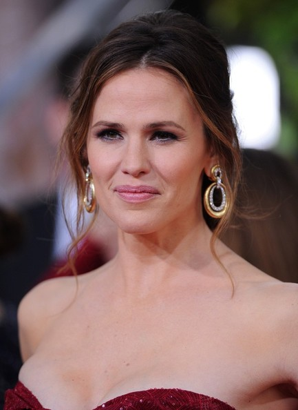 More Pics of Jennifer Garner Strapless Dress (7 of 13) - Jennifer Garner Lookbook - StyleBistro