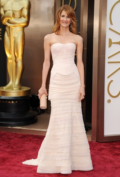 More Pics of Laura Dern Strapless Dress (1 of 4) - Laura Dern Lookbook - StyleBistro
