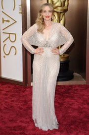 Julie Delpy brought a heavy dose of Old Hollywood glamour to the Oscars red carpet with this sequined Jenny Packham gown.