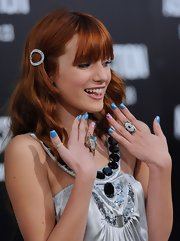 Bella Thorne showed off her fun rings at the 'Abduction' world premiere.
