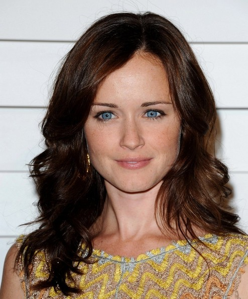 Alexis Bledel Long Wavy Cut