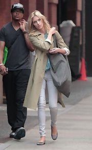 Anja Rubik looked super comfy in gray ballet flats and skinny jeans while out and about in New York.