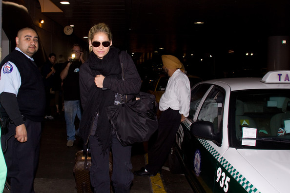 More Pics of Anna Kournikova Duffle Bag (3 of 8) - Duffle Bag Lookbook - StyleBistro