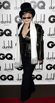 Yoko Ono used a funky leather jacket with zippered details as a top during the GQ Men of the Year Awards.