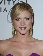 Brittany paired her gold dangle earrings with a sleek ponytail for a knock-out look.