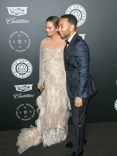 More Pics of Chrissy Teigen Maternity Dress (5 of 17) - Chrissy Teigen Lookbook - StyleBistro