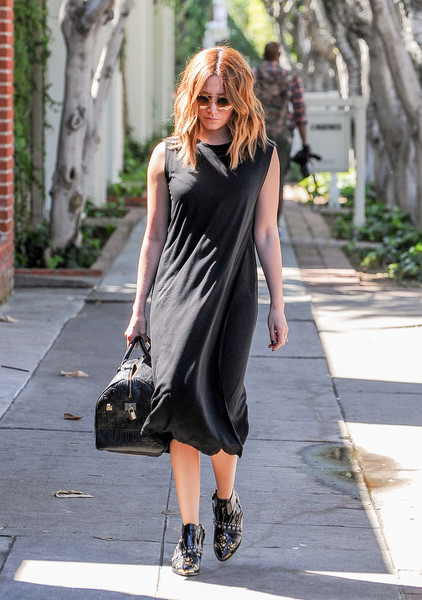 Ashley Tisdale Little Black Dress