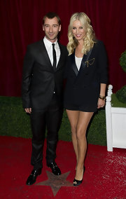 Denise van Outen looked sexy wearing a chic leather collared blazer at the 2012 British Soap Awards.