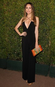 Louise Roe finished off her ensemble with a burst of color via a multi-hued Jill Haber snakeskin clutch.