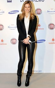 Bar Refaeli opted for classic leather pants at the 2013 Sanremo festival.