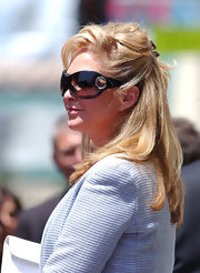 Kathy Hilton pulled her hair back in a tousled half-up half-down style for Barbara Walters' Walk of Fame ceremony.