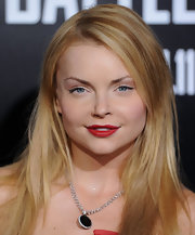 Izabella Miko paired her natural look with ravishing red lipstick.