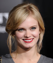 Sara Paxton amped up her look with ravishing red lipstick.