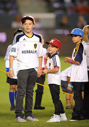The Beckham boys all wore jeans to watch Dad David take the field for LA Galaxy—the eldest Brooklyn sported a classic gray pair.