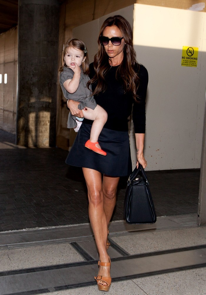 Victoria Beckham Leaves LA With Her Kids