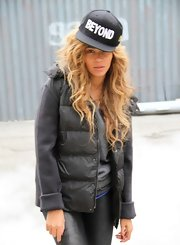 Beyonce's windblown waves had a cool gritty feel to them.