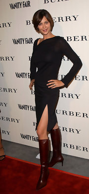 Catherine Bell looked oh-so-fashionable in an LBD with an asymmetrical neckline.