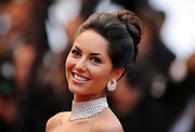 Barbara Mori looked elegant in a loosely pulled back french twist.