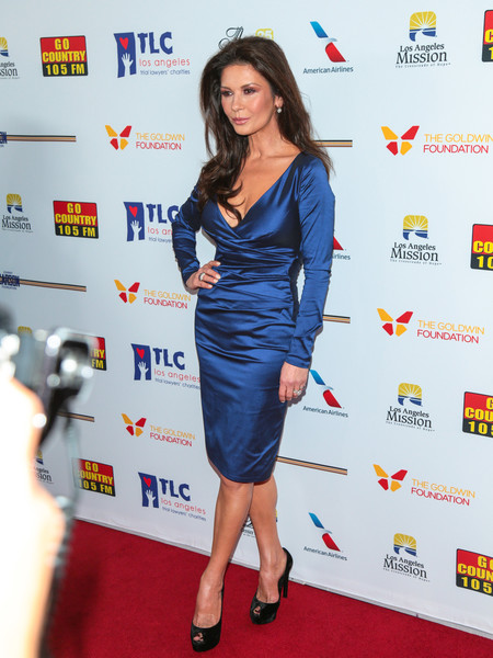 Catherine Zeta-Jones Form-Fitting Dress