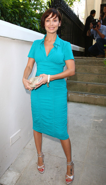 Natalie Imbruglia's silver strappy sandals were a glam finish to her look.