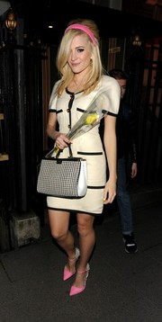 Pixie Lott styled her frock with cute bubblegum-pink pumps.
