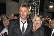 Sienna Miller and Rhys Ifans Photo