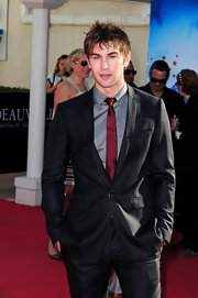 Chace Crawford paired his dark suit with a classic skinny tie.
