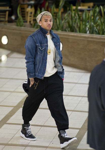 chris brown basketball sneakers chris brown shoes looks