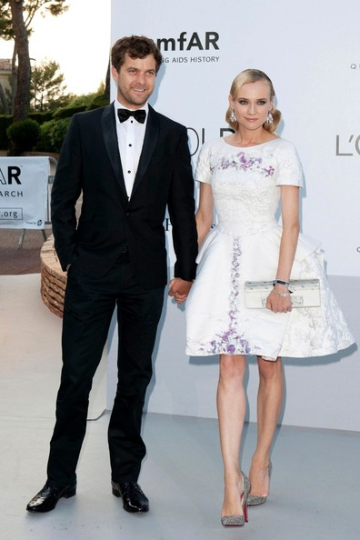 More Pics of Diane Kruger Pumps (1 of 2) - Diane Kruger Lookbook - StyleBistro
