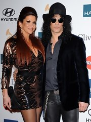 Slash traded in his usual leather jacket for this handsome black blazer during Clive Davis' 2012 pre-Grammy gala.