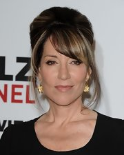 Katey Sagal went retro with this beehive at the Critics' Choice Television Awards.