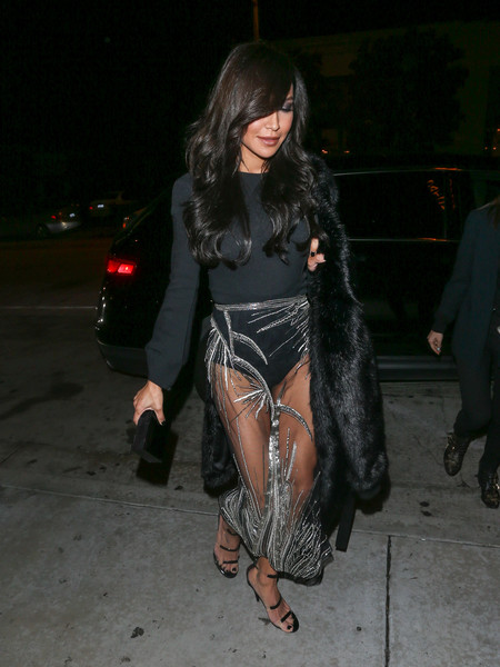 Naya Rivera tied her look together with the Tamara Mellon Frontline sandal, in black.
