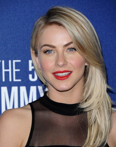 More Pics of Julianne Hough Bright Lipstick (1 of 8) - Beauty Lookbook - StyleBistro